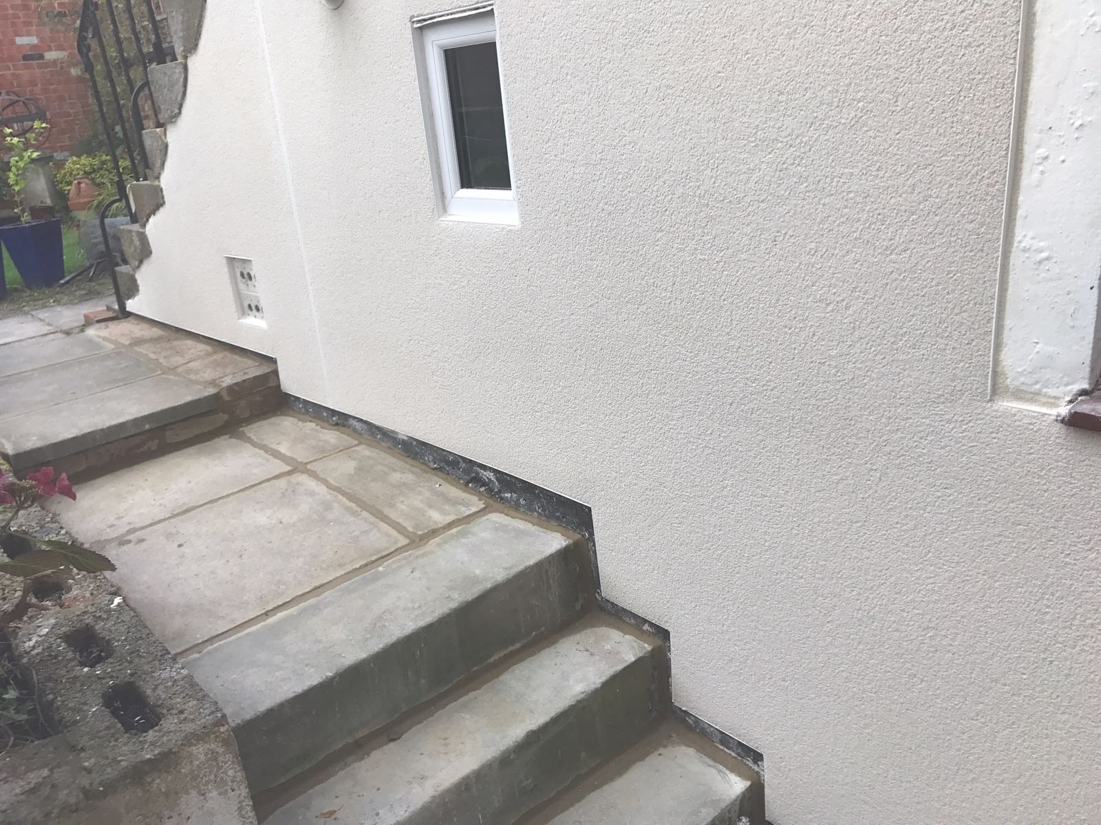 External lime plaster | J B Plastering and Drylining